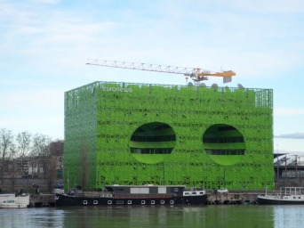 Cube vert (Siège d'Euronews)